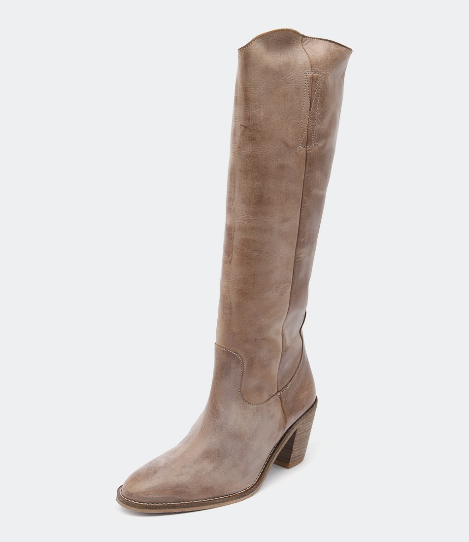 10 Must Have Ankle Boots from Styletread -  Ivy Lee Copenhagen Malene Dark Tan