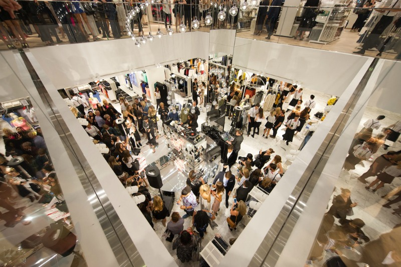 Hm launches flagship sydney store solange knowles